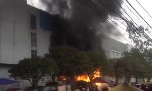 泰国Nguyen最大的市场在Tet当天起火