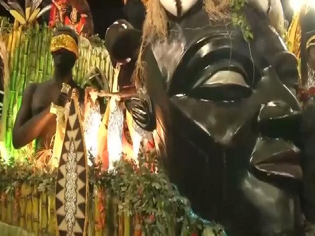 Lễ hội hóa trang nóng bỏng nhất hành tinh