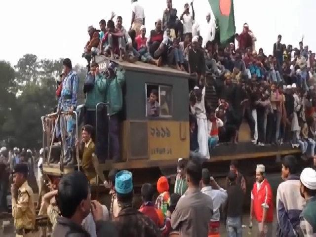 Những chuyến tàu hỏa kinh hoàng ở Bangladesh