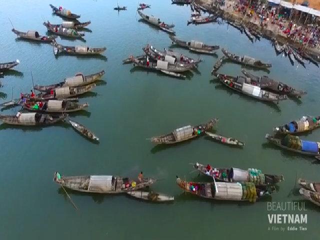 Chàng trai nghỉ phép để làm phim về cảnh đẹp Việt Nam