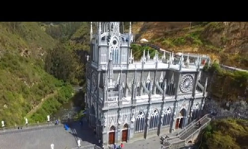 10 nhà thờ có kiến trúc tráng lệ nhất thế giới