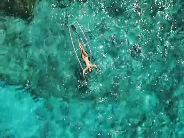 Thuyền kayak trong suốt cho tín đồ thích sống ảo