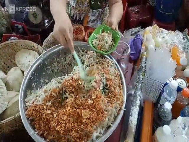 10 món ngon hấp dẫn du khách ở khu chợ lớn nhất Đà Nẵng