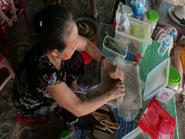 Chả cá cuốn bánh tráng duy nhất trên đảo Cù Lao Xanh