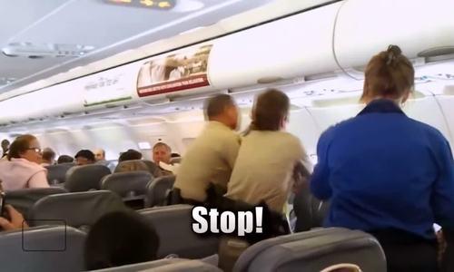 Hệ thống chấm điểm hành khách bí mật của các hãng bay