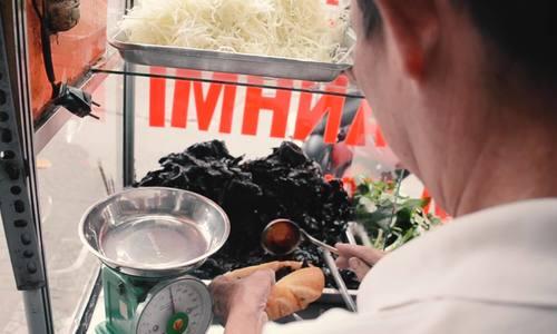 Bánh mì khô bò ở Sài Gòn