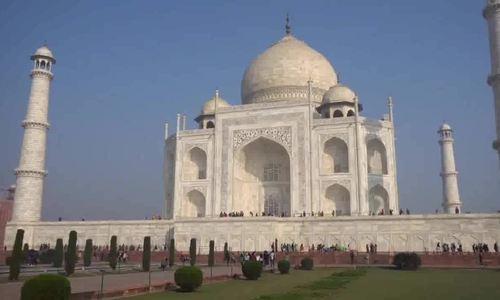 Mỗi khách đến Taj Mahal chỉ được tham quan 3 tiếng