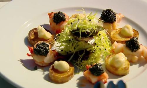 Trứng cá muối - từ thức ăn gia súc đến bàn tiệc 5 sao