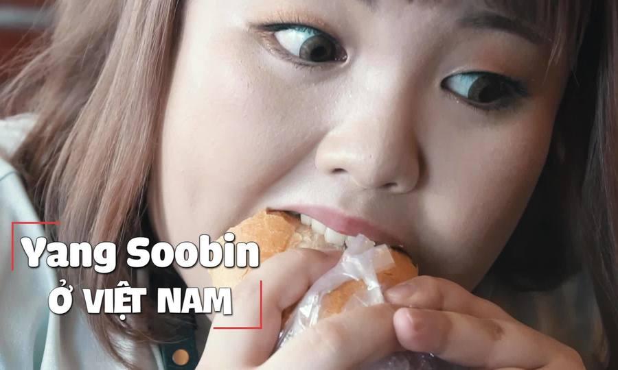'Thánh ăn' Hàn Quốc xuống đường thử bánh mì và cà phê Sài Gòn