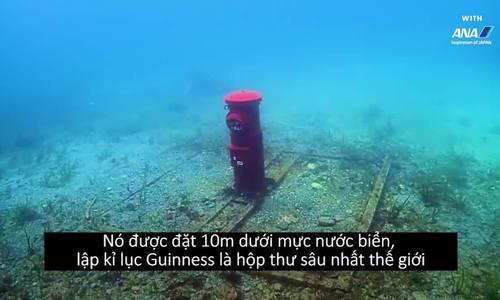 Thùng thư nổi tiếng nhất Nhật Bản vì nằm dưới đáy biển
