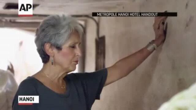'Nữ hoàng đồng quê' hát trong hầm khách sạn Metropole Hà Nội