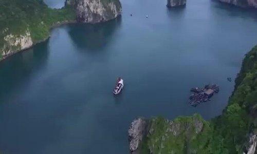 Một ngày của khách quốc tế trên vịnh Hạ Long - ảnh 1