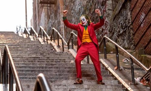 Cầu thang vô danh thành nơi hút khách nhờ bom tấn Joker - ảnh 2