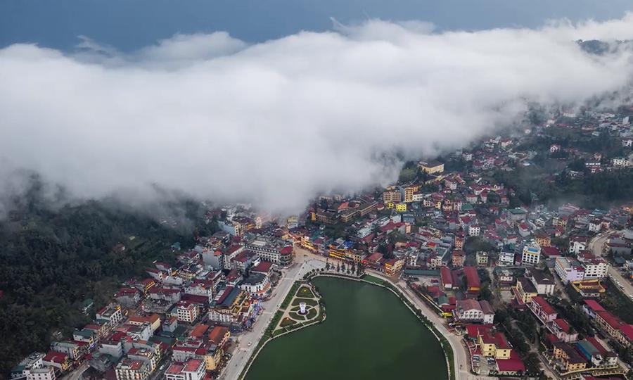 Mây luồn Sa Pa