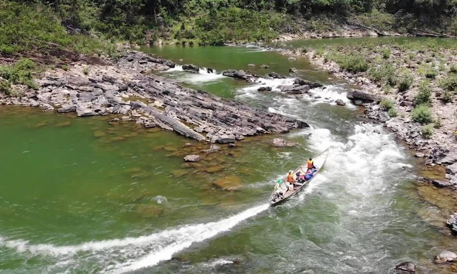 gược dòng Long Đại, vượt thác Tam Lu ở Quảng Bình