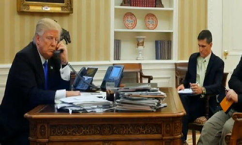 Trump reviews 'dumb' refugee deal with Australia after 'worst' call