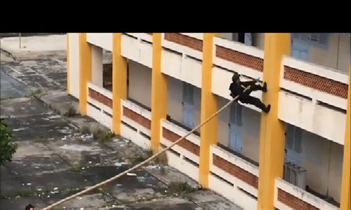 Real-life ninjas: Vietnamese SWAT team shocks world with wall-climbing video