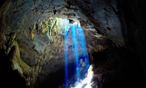 Trekking inside the majestic Thien Duong (Paradise) Cave