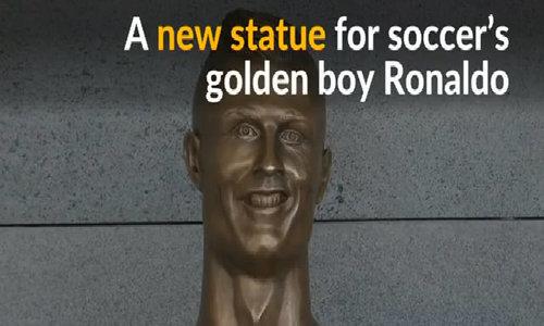 Heads turn as Ronaldo airport overshadowed by statue