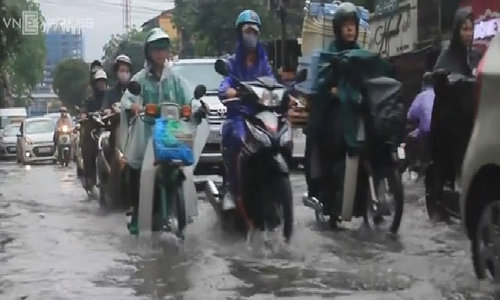 Hanoi loses its charm to flooding after one summer downpour