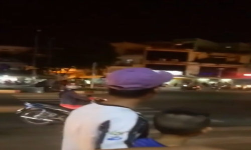 Turf war between Grab crew and motorbike taxis gets violent in Saigon