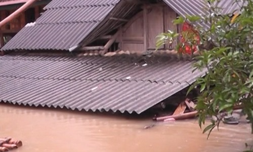 Month-long downpours spark floods across northern Vietnam