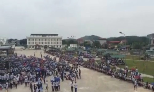 6,000 workers go on strike at garment factory in northern Vietnam