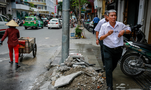Here is what it's like walking in Saigon