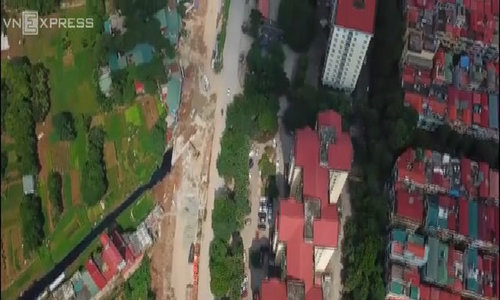 Land compensation row delays work on Hanoi belt road by 15 years