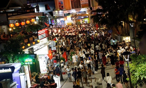 Vietnam's royal city puts best foot forward with new walking streets