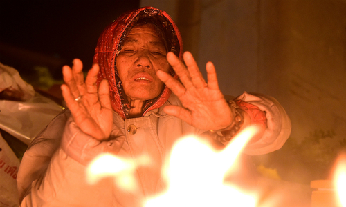 'Surviving' the cold snap in tropical Vietnam