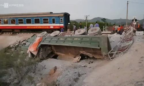 Two killed in train, truck collision in central Vietnam