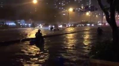 Sleepless in Saigon: storm Usagi keeps residents up all night