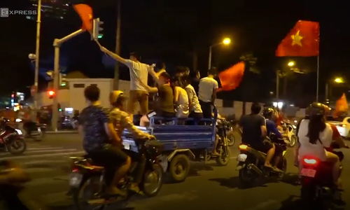 Football season madness, another reason why you should visit Vietnam