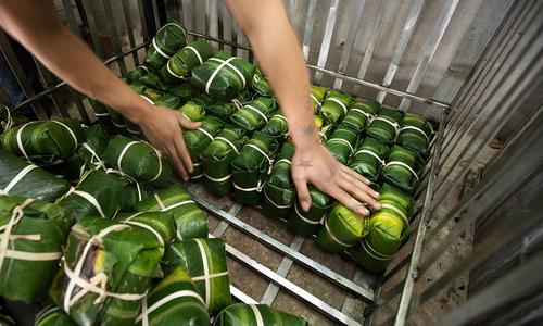 The reason why banh chung is green