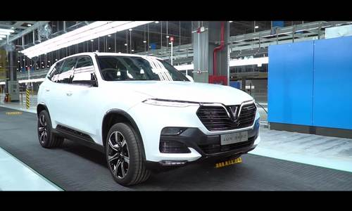 VinFast presents first car produced in Vietnam