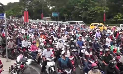 Vietnam a safe destination, but roads a safety risk (EDITED)