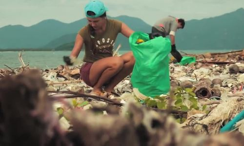 Vietnamese partake viral 'trashtag challenge' with environmental cleanup photos