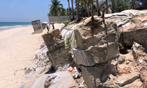 Sad images of Hoi An's world-famous beach, eroded