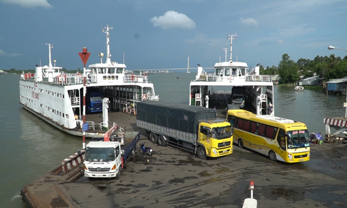 Vam Cong ferry terminal closed after 100 years in operation