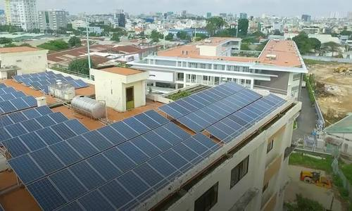 Saigon universities start using solar power