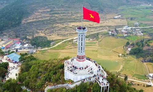 VZN News: Celebrating a towering symbol of Vietnam's sovereignty (edited, Hạnh đã xem)