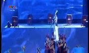 Đội Đông Nhi hát 'Đất nước lời ru'