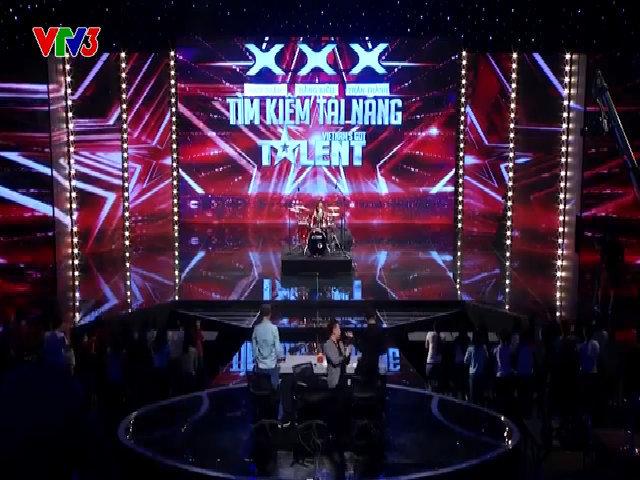 Cậu bé 8 tuổi được chọn thẳng vào bán kết VN's Got Talent