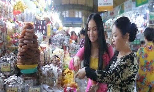 Ca sĩ Hà Phương chúc Tết độc giả VnExpress