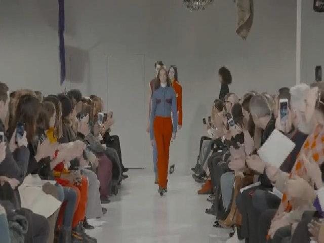 Thiết kế đầu tiên của Raf Simons dành cho Calvin Klein