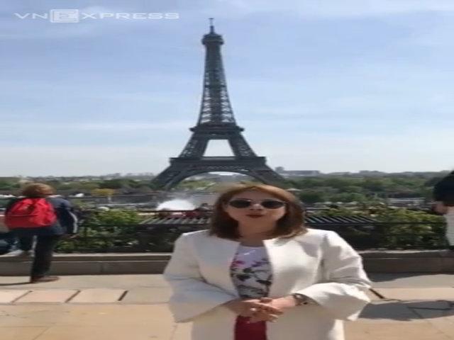 Thanh Thảo giới thiệu tháp Eiffel
