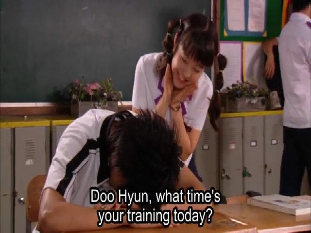 Park Bo Young và Lee Min Ho trong series 'Bí mật sân trường'