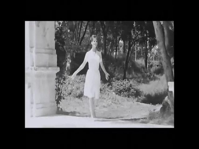 Claudia Cardinale trong phim 8½