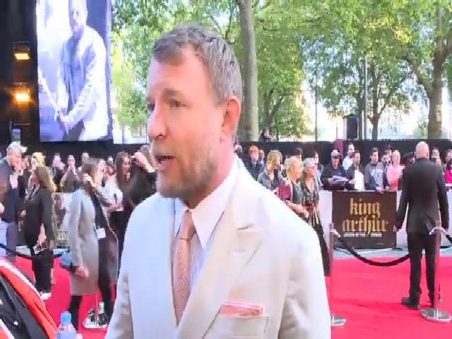 Đạo diễn Guy Ritchie dành lời khen cho vai diễn của Beckham